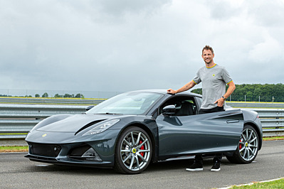 LOTUS EMIRA: JENSON BUTTON DELIVERS HIS VERDICT AFTER EXCLUSIVE WORLD-FIRST TEST DRIVE